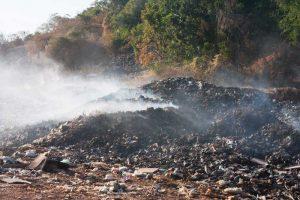 שריפת פסולת. צילום אילוסטרציה א.ס.א.פ קריאייטיב/INGIMAGE