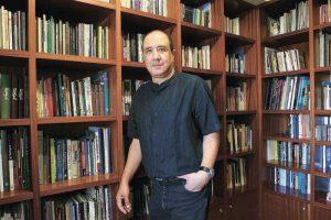 רוני סומק. צילום אלכס ליבק