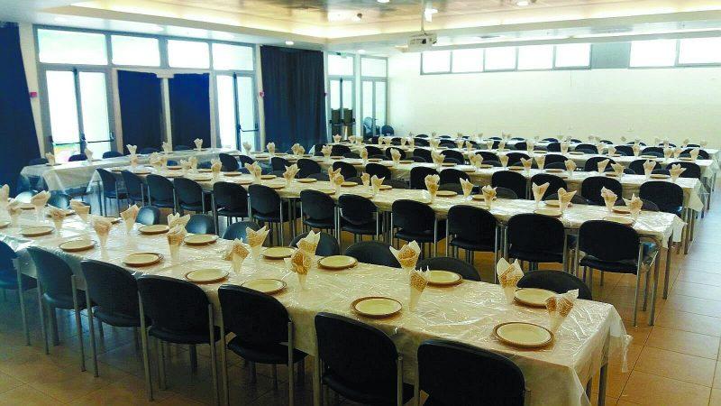 שולחן החג בבית חבד בשנה שעברה