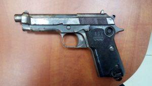 אקדח הברטה. צילום משטרת ישראל