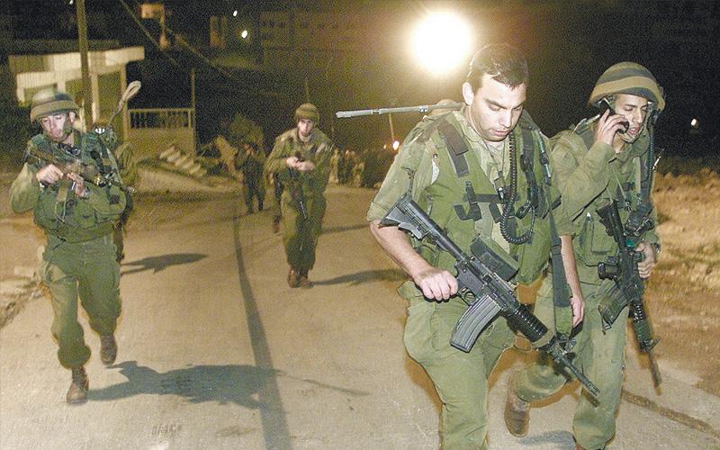 חיילים בחברון צילום רויטרס