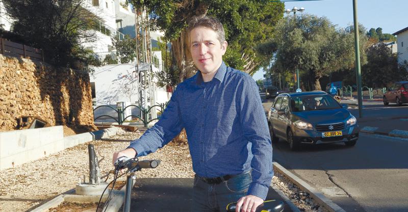 אלן טנמן. צילום עזרא לוי