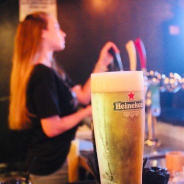 בירה קרה ב- BFF. צילום: גבי שוחט