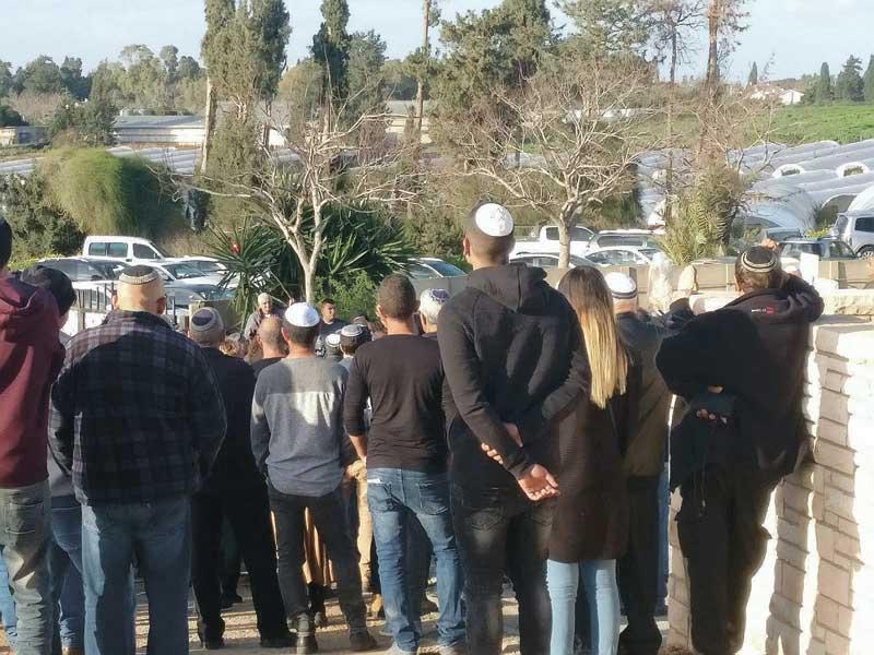 הלוויתו של אילן גדסי באבן יהודה. צילום דיינה רנדלמן