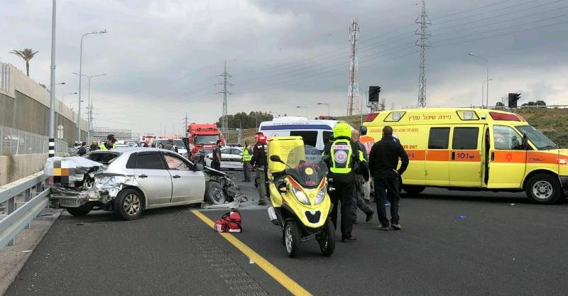 תאונת הדרכים סמוך למחלף בן גוריון בכביש 531. צילום תיעוד מבצעי מדא