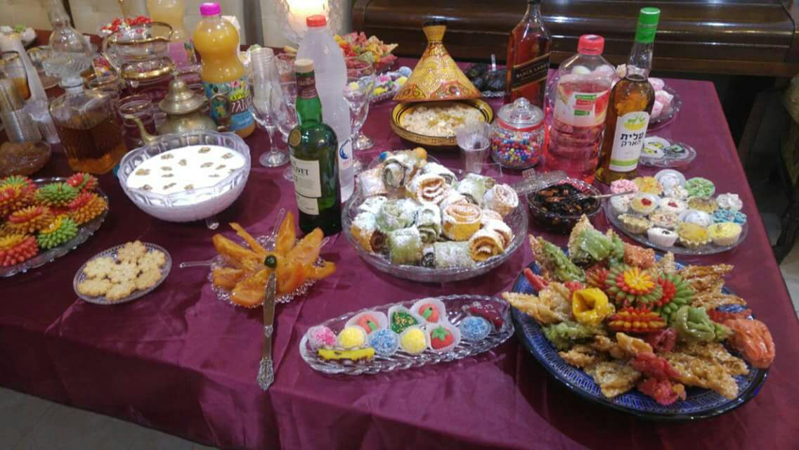 שולחן המימונה של משפחת שטרית