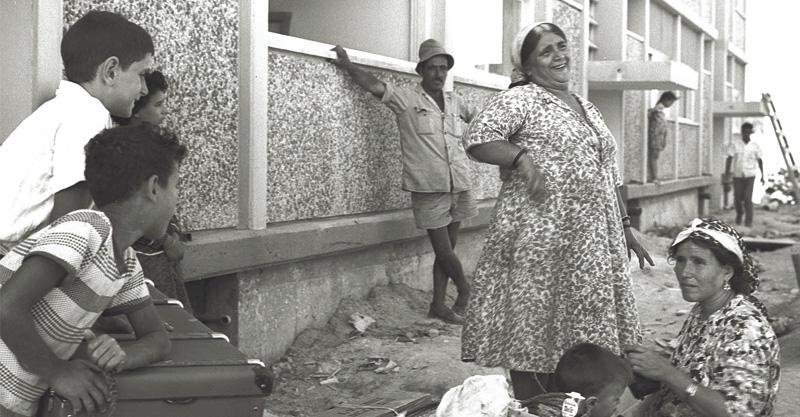 """מעברת אופקים צילום משה פרידן לע""""מ"""