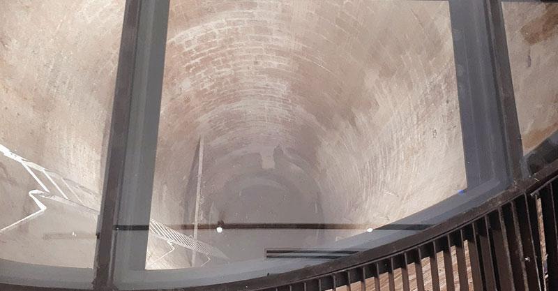הסרת הלוט מעל הבאר הראשונה של כפר סבא צילום עיריית כפר סבא