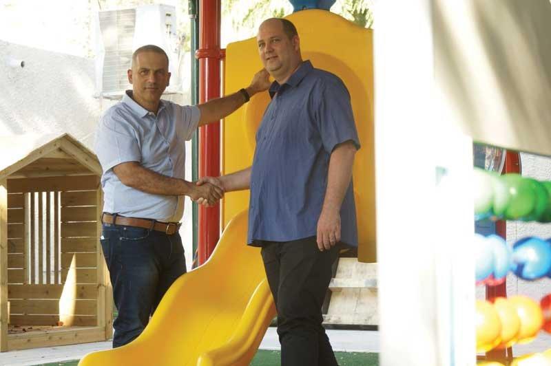 ערן ורנר עם יובל לוי. צילום המטה של יובל לוי