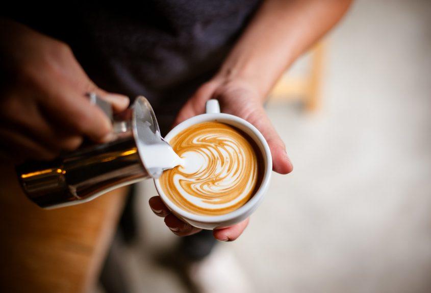 """משאל """"הקפה של כפר סבא"""" (מאגר תמונות: Shutterstock)"""