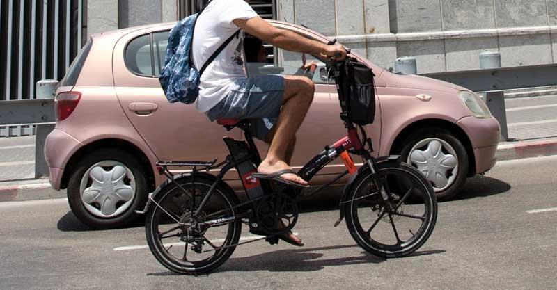 אופניים חשמליים. צילום מוטי מילרוד