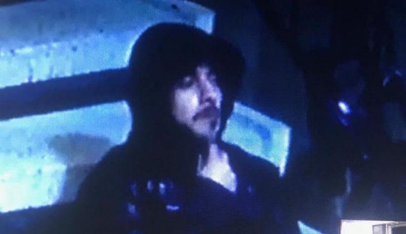 תמונת החשוד כפי שצולם במצלמות האבטחה