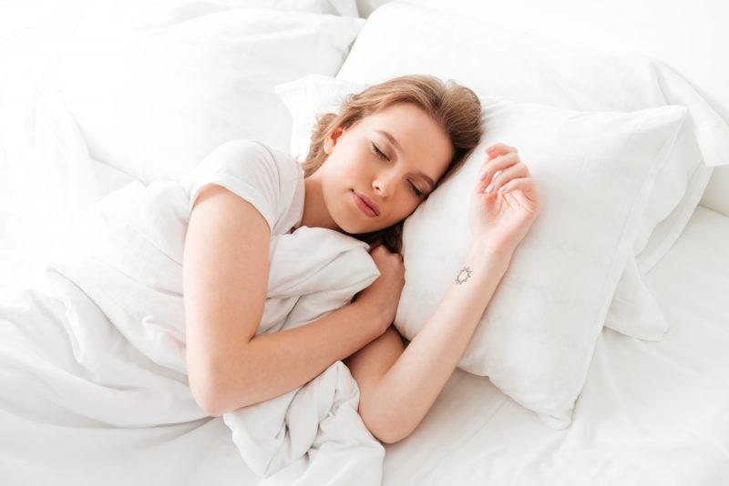 יועצי שינה בשרון. מאגר תמונות : Shutterstock