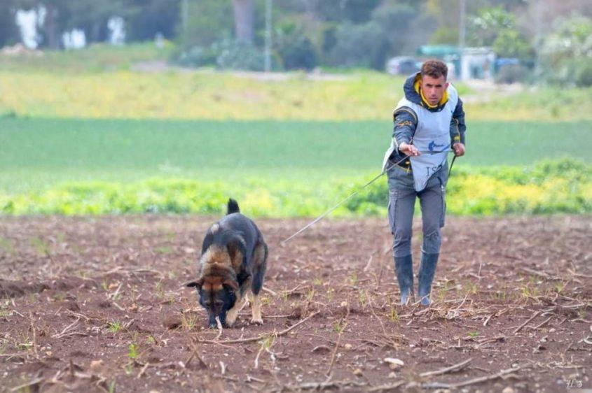 אסף דהן והכלב ספיד בתחרות. צילום חנה שלג