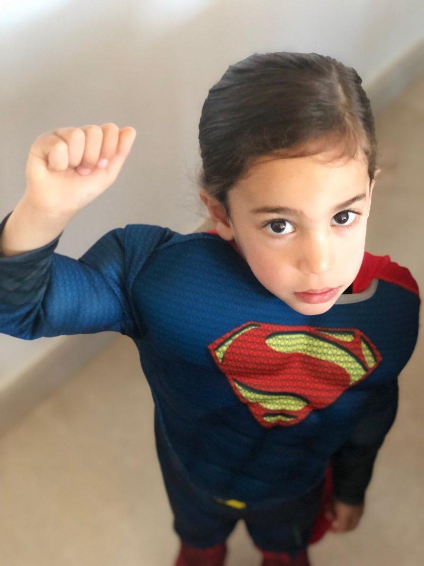 אושר משעלי, בן 3 מגן לעניין, התחפש לסופרמן
