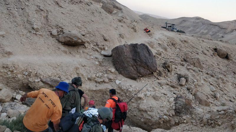 החילוץ אתמול מנחל עקרבים. צילום: דוברות המשטרה - יחידת חילוץ ערבה