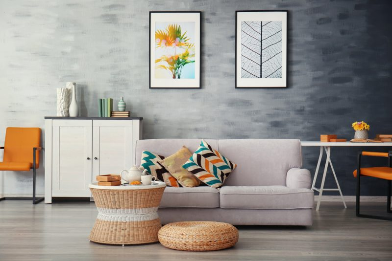 חידוש רהיטים בשרון. תמונה ממאגר Shutterstock by Africa Studio