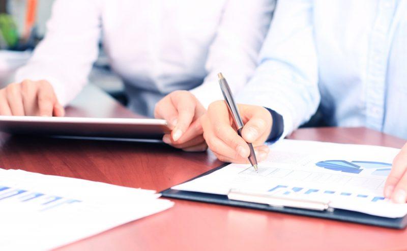 חשיבותו של יועץ כלכלי לשיפור הרווח. תמונה ממאגר Shutterstock