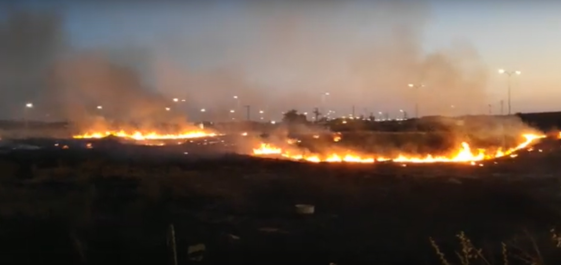 השריפה שפרצה. צילום אזרחים למען אוויר נקי