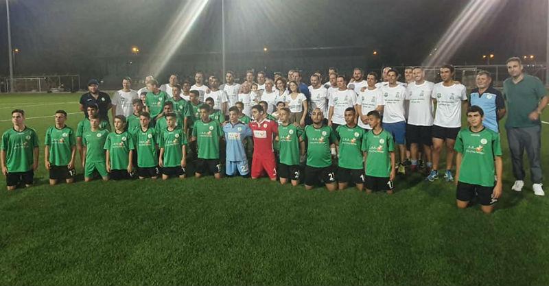 שתי הקבוצות ששיחקו במשחק הראווה אתמול. צילום באדיבות עמותת הלב הירוק