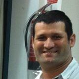 יועץ המס צבי סנדר. צילום עצמי