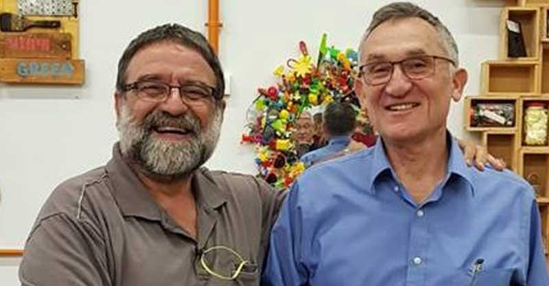 דודו אשכנזי (משמאל) ופנחס כהנא. צילום פרטי