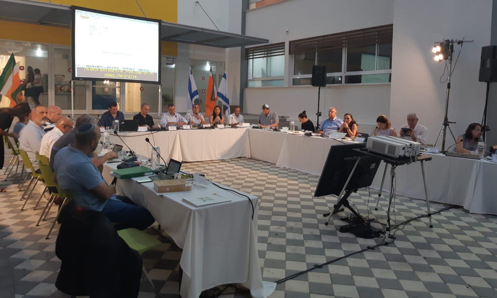 ישיבת מועצת העיר ב-4 בספטמבר. צילום אריה אברמזון