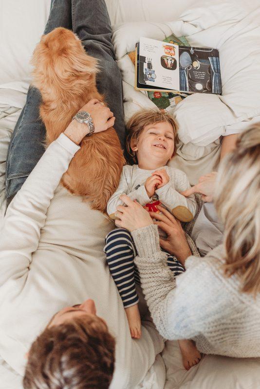 סיפור משפחתי בדגש על קשר וקרבה (צילום: מרטה ברונשטיין)