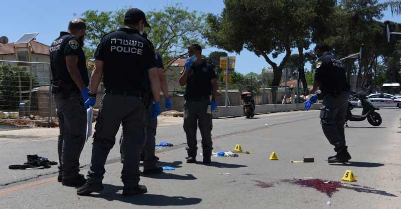 זירת הפיגוע. צילום דוברות המשטרה