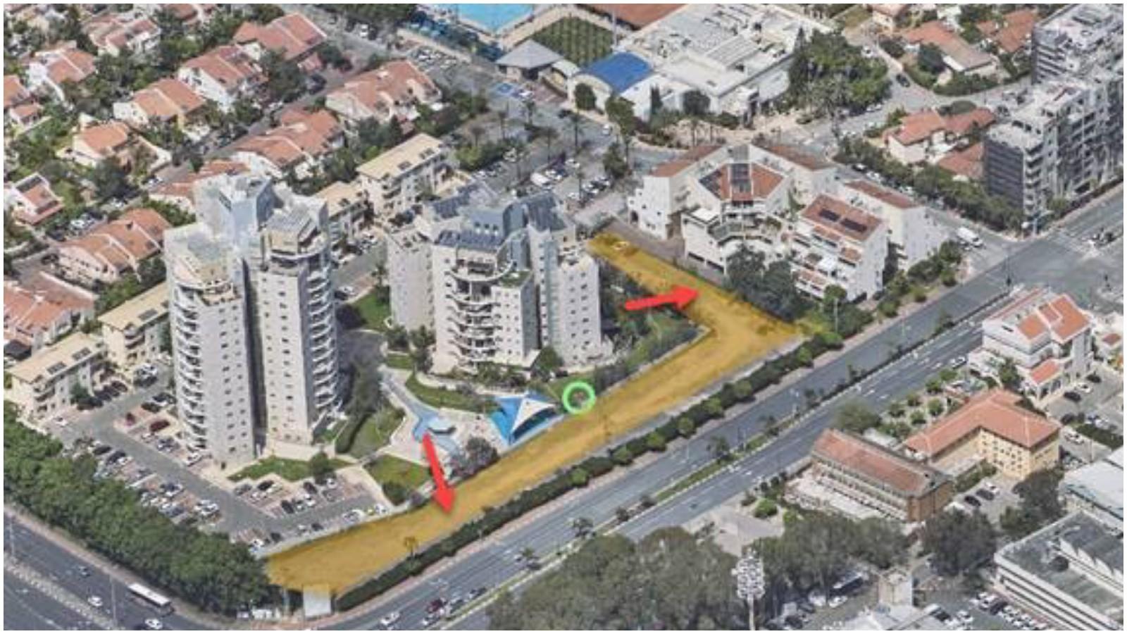 השטח שבו אמור לקום החניון ברחוב טשרניחובסקי. צילום באדיבות עיריית כפר סבא